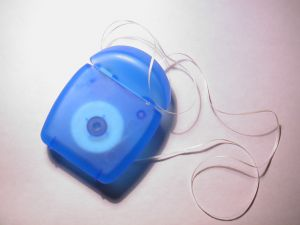10 Great Things to Do with Dental Floss!